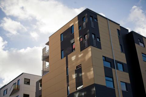 Under 2010 färdigställde Bostadsbolaget 243 nya lägenheter. Över 120 är under produktion.