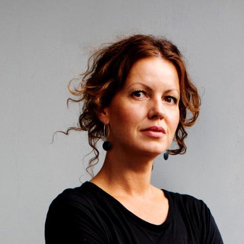 Porträttbild Åsa Sjöström, fotograf och regissör.