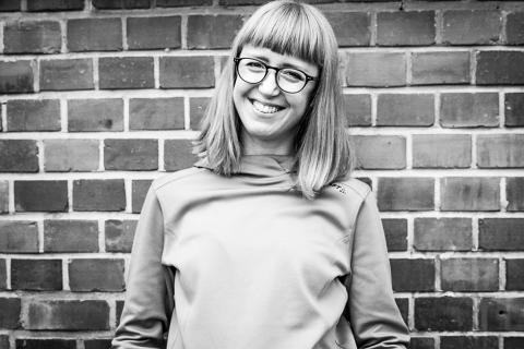 Lena Karlsson, Designer Baselayer och XC, berättar om det specifika med att designa träningskläder i podcasten