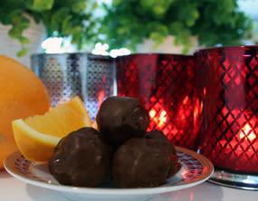 Julpraliner med apelsinblomsvatten