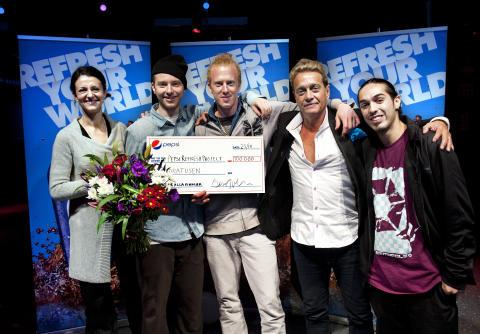 Dansskildring på film vann 100 000 kronor - Björn Ranelid och Mario Amigo valde Lucas och Patrik i Pepsi Refresh