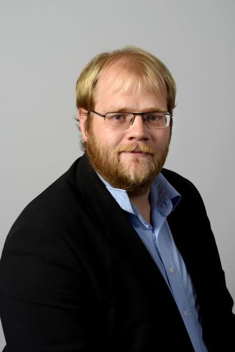 Magnus Persson (C)