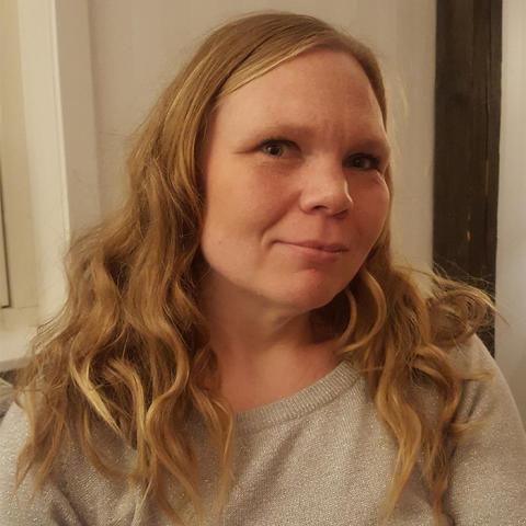 Distansutbildning blev lösningen för tvåbarnsmamman Therese