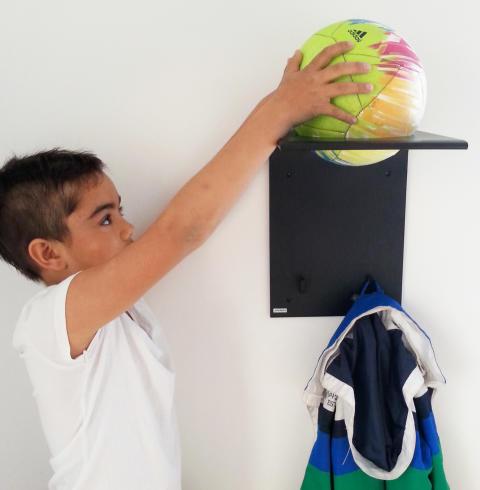 Hylla för boll och saker