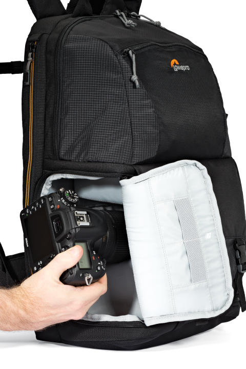 Lowepro Fastpack II 250 AW sideadgang