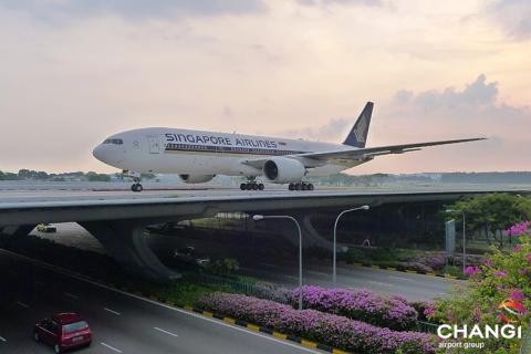 SINGAPORE AIRLINES OCH CHANGI FLYGPLATS FÖRLÄNGER SITT POPULÄRA TRANSITPROGRAM