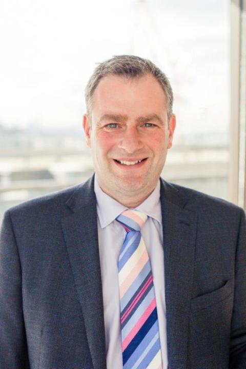 Jonathan Oldfield