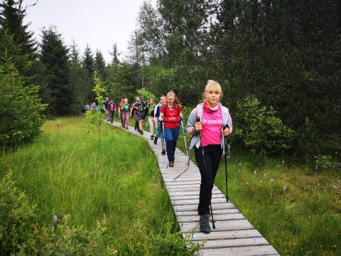 Trekkingklasse wandert 320 Kilometer