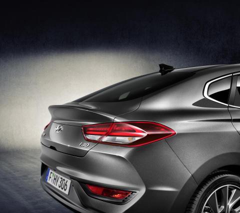 All-New Hyundai i30 Fastback (4)