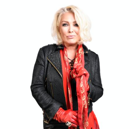 "KIM WILDE – ""HERE COME THE ALIENS"""
