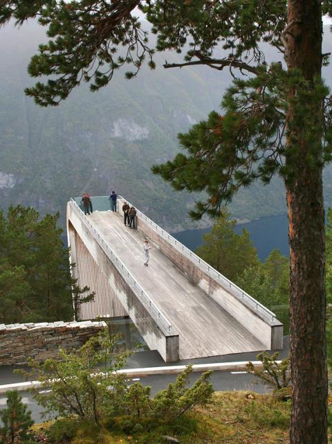 Der Stegasteinen-Aussichtspunkt an der Landschaftsroute Aurlandsfjell