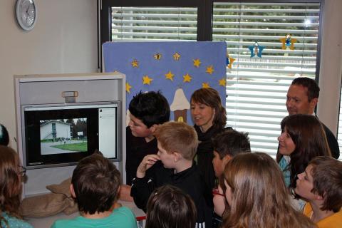 Dethleffs spendet Internetterminal an Kinderfachklinik Prinzregent-Luitpold