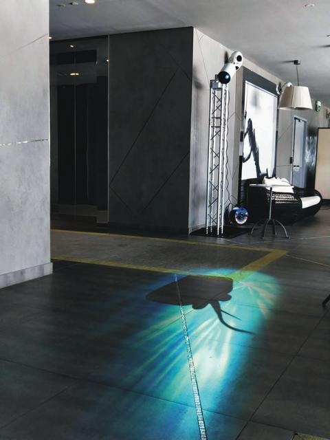 Sleek Epson projector brings small spaces to life