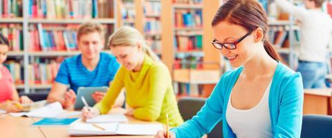 Unit4 först med att leverera komplett studentadministration för högre lärosäten – lanserar nya funktioner och uppskalning