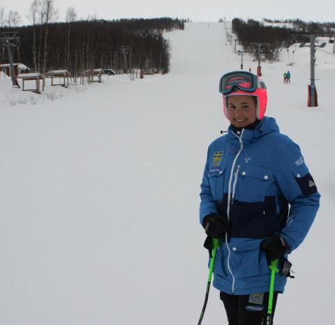Anna Holmlund slipar på OS-formen i Hemavan