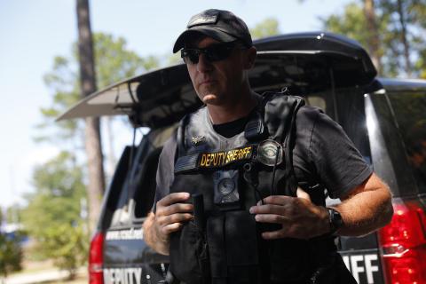 LivePD-PolicePatrol_S08_Crime and Investigation