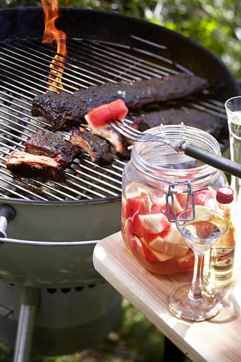 Barbecue ribs with pickled watermelon rind