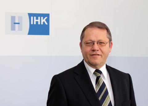 Interview mit Herrn Dr. Horst Schrage, Hauptgeschäftsführer der IHK Hannover