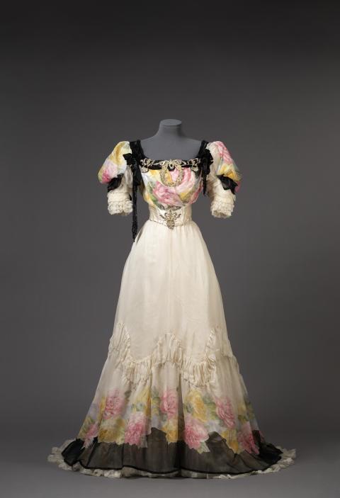 Klänning från 1906