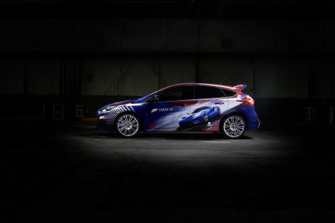 Ford GT ja pelaajien kustomoima Forza Focus RS esillä  Gamescom-messuilla; Top Gearin The Stig paljastaa ainutlaatuisen mallin