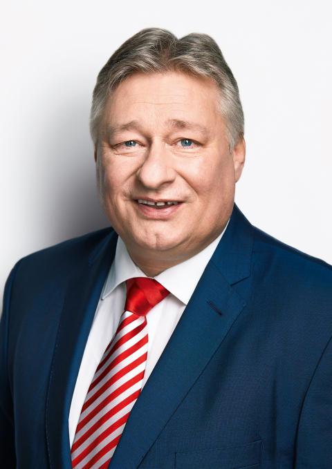 Martin Burkert: Bayerische Schienenprojekte hochgestuft