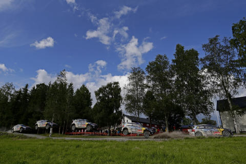Jari-Matti Latvala är inte rädd att flyga i Rally Finland