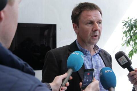 Regjeringspartiene fjerner 8 prosent av norsk melkeproduksjon