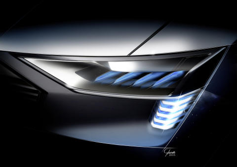Audi e-tron quattro concept Headlight with e-tron light signature with new OLED technology