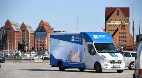 Beratungsmobil der Unabhängigen Patientenberatung kommt am 20. Juni nach Friedrichshafen.