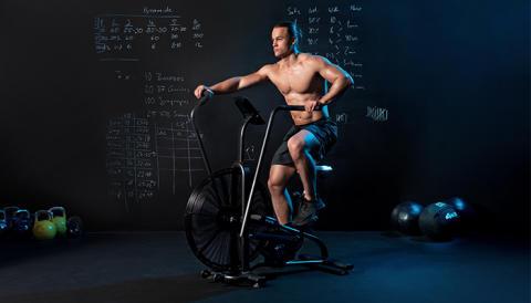 Die Luft brennt – das CAPITAL SPORTS Strike Bike ergänzt das Sortiment