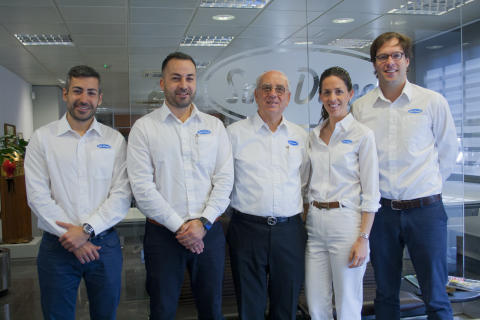 Solé Diesel is Announced as Cox Powertrain's Spanish Distributor