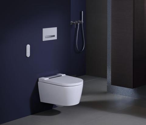 2019 Bathroom 07B B2 AquaClean Sela_bigview_2