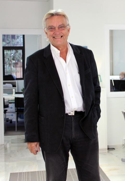 Sven Källström vill med nya boken guida sina läsare till ett bättre och rikare liv i Spanien