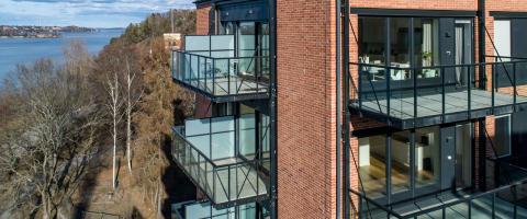 Besök Balcos balkonger på The View