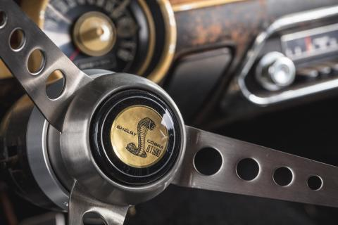 Original-1968-Mustang-Bullitt-replica-steering-wheel