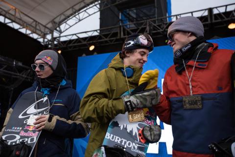 Mark McMorris vant konkurransen foran Sebastien Toutant og Mons Røisland. Foto: Matt Pain / Snowboardforbundet