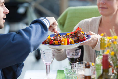 Unga Ekokockar lagar mat i Almedalen