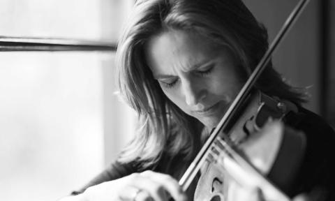 Grammisbelönade violinisten Cecilia Zilliacus till Sundsvall