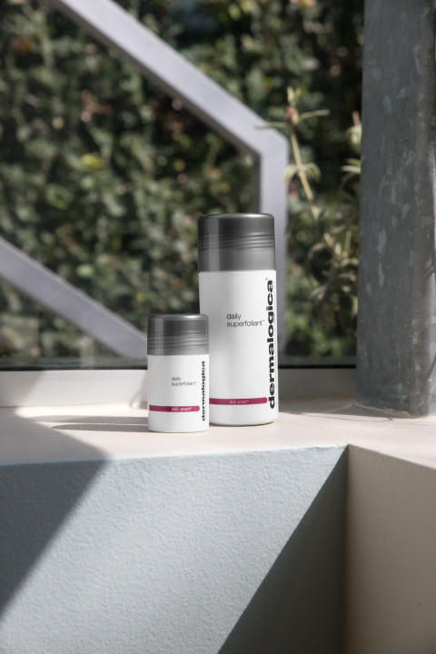 Daily Superfoliant on Windowsill