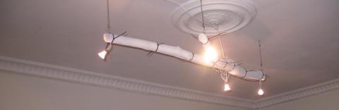 Tillverkning av lampor - en trend med risker