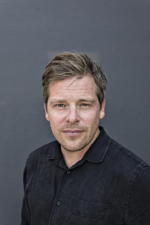 Jens Mikkelsen tilldelas Cordelia Edvardson-priset