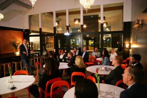 MultiMind och Fryshuset  introducerar nytt mentorprogram för näringslivstoppar