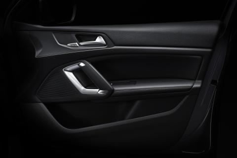 Den stilrena insidan på nya Peugeot 308