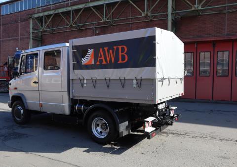 BPW zeigt zur Bauma elektrisch umgerüsteten Transporter der Abfallwirtschaftsbetriebe Köln