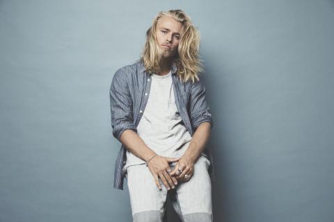 """Nya stjärnskottet Juliander släpper andra singeln """"The One"""""""