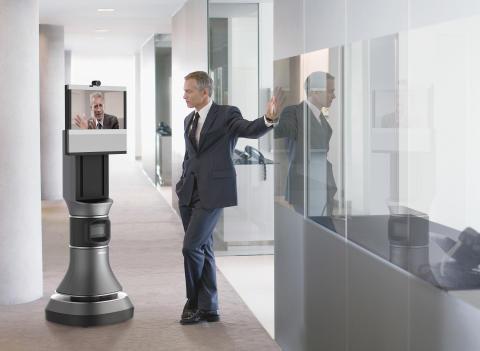 Ava 500 videokonferensrobot i kontorsmiljö