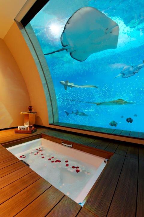 Equarius Hotel_I badkaret med utsikt över havet (Foto - Equarius)