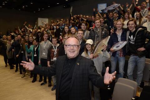 Per Sandberg med alle finalistene