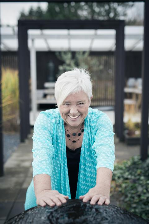 Sveriges största singeleventfixare Helen Andersson ordnar tusentals event för tusentals singlar runt om i landet!