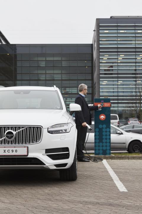 Volvo vælger CLEVER til opladning af deres biler